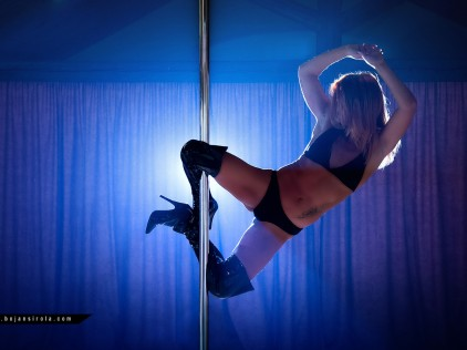 S-pole Dance : : : Pula